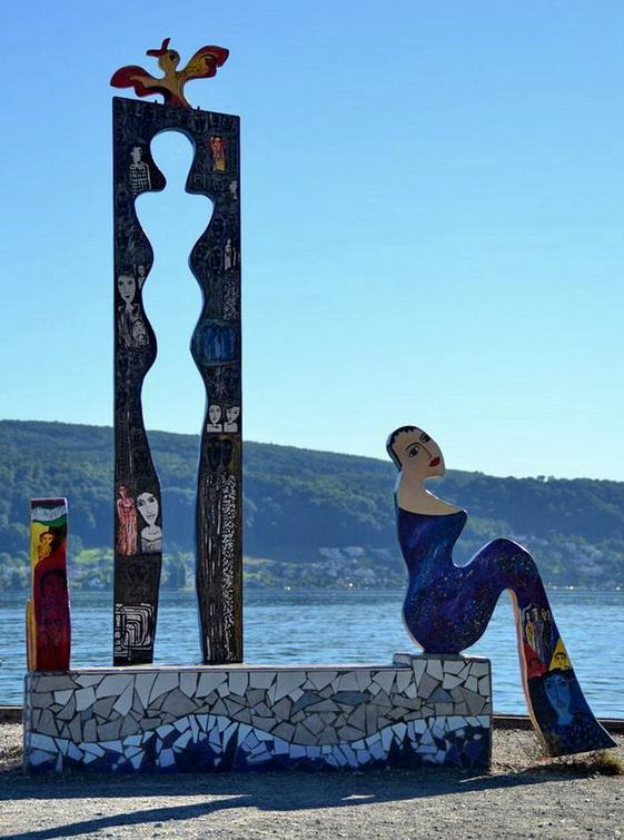 Pop-Art-Nixe am Bodensee?