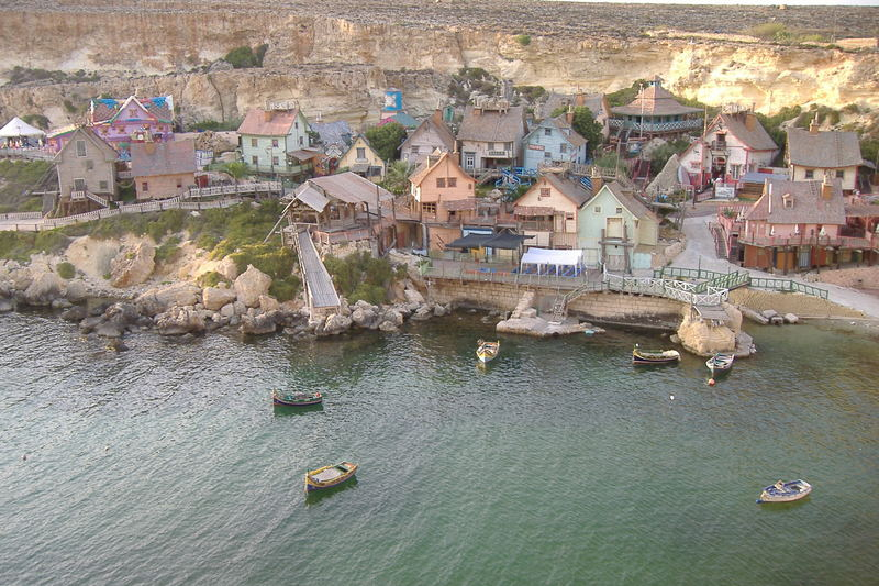 popey village