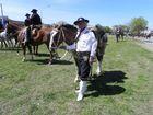 por amor a sus caballos y a sus costumbres