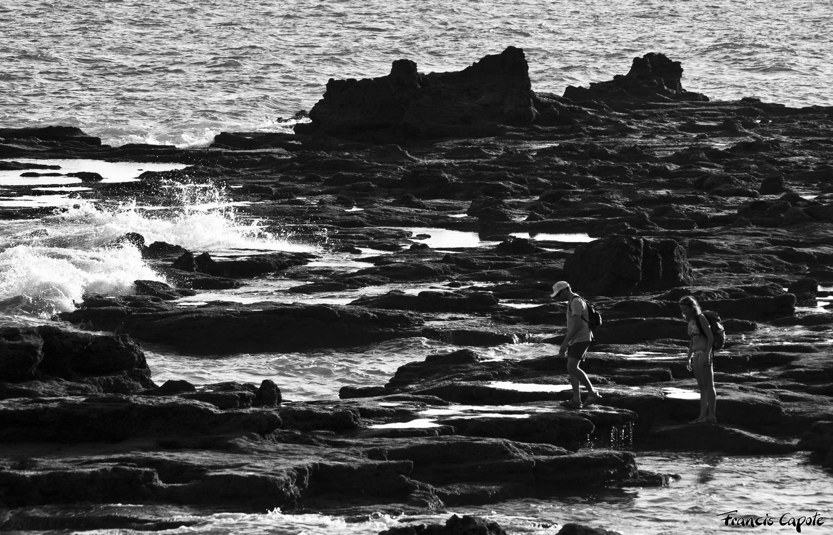 Por las rocas