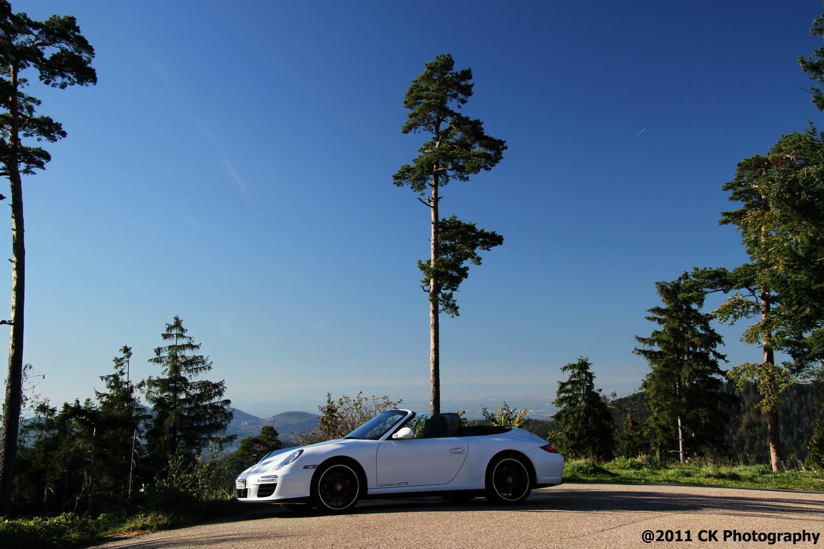 Porsche 911 GTS @ Schwarzwaldhochstraße