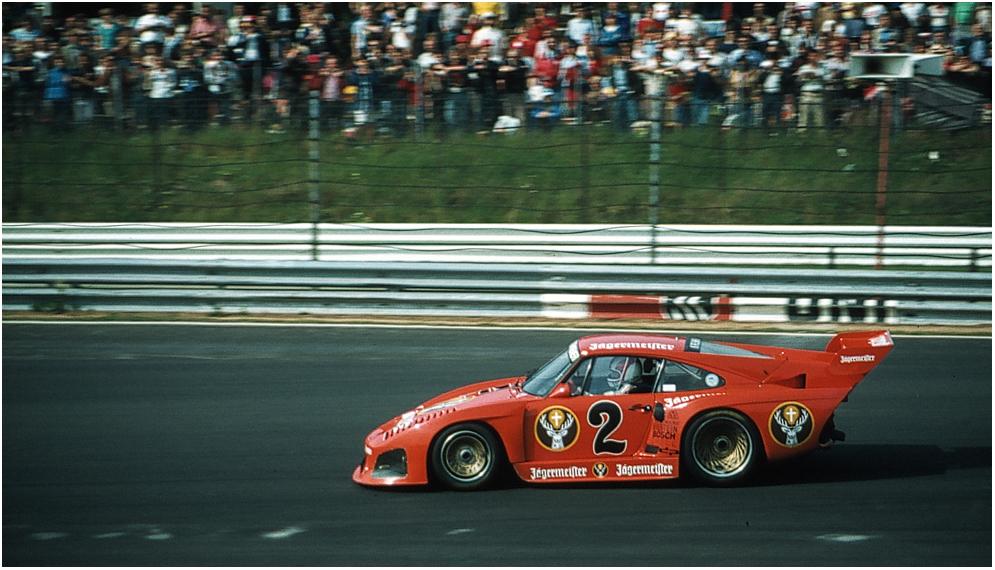 Porsche auf altem Ring