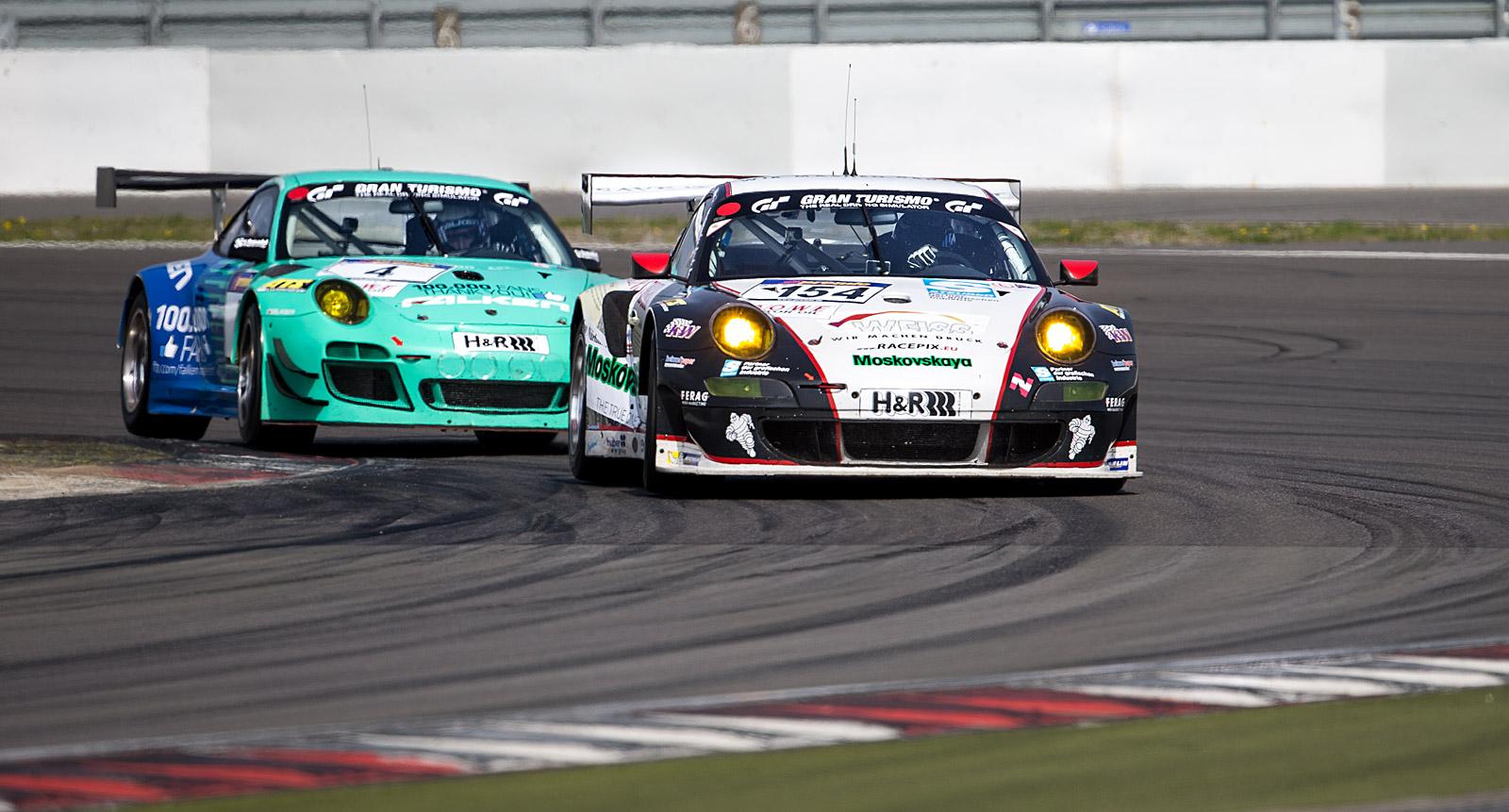 Porsche Duell