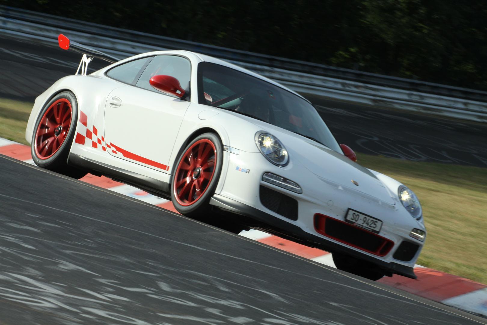 Porsche mit ordentlich POWER