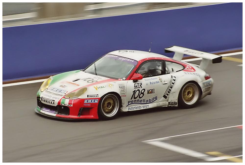 Porsche-Speed