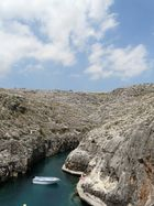 Port de Blue Grotto