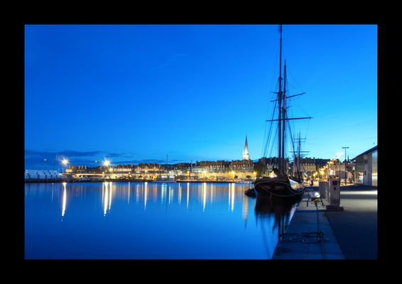 Port de Saint-Malo By night