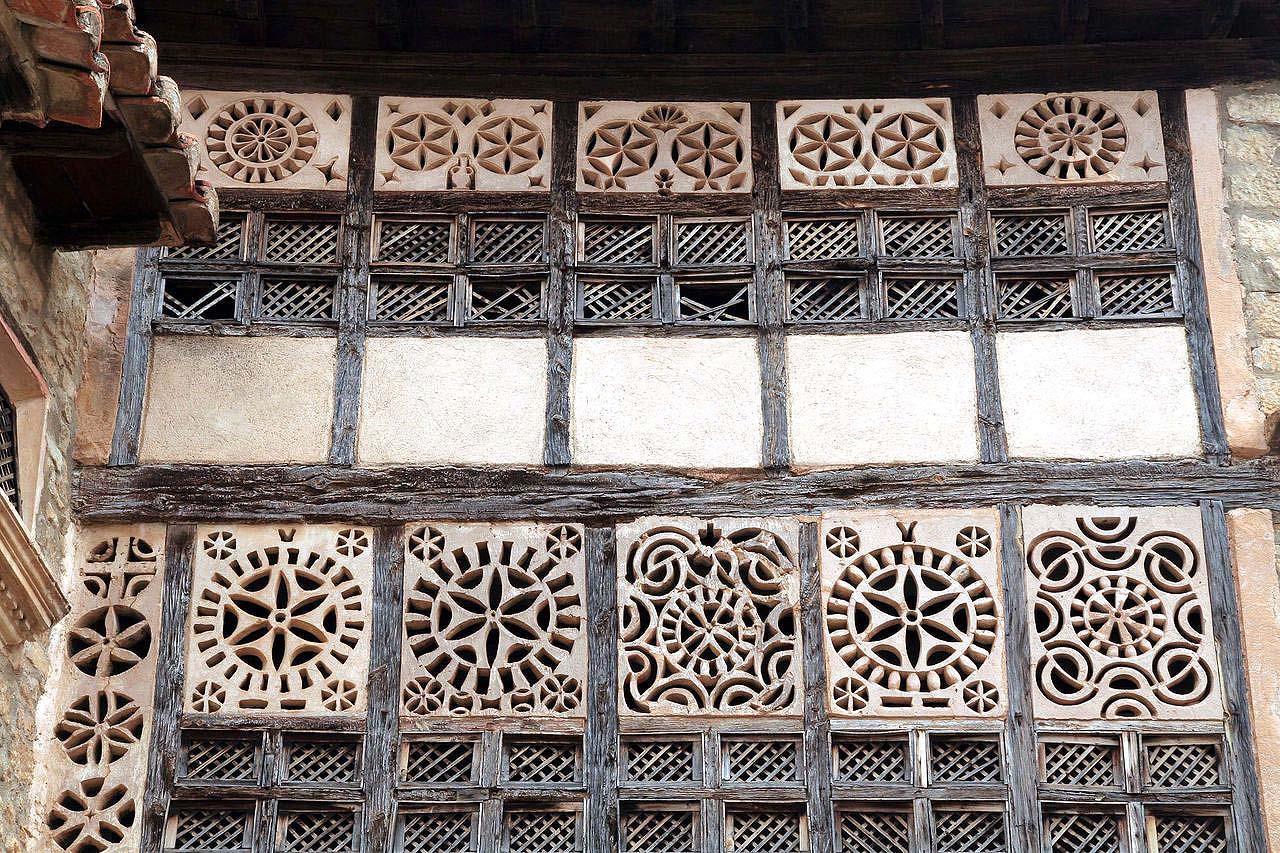 Portal de las Monjas en Mirambel (Teruel).