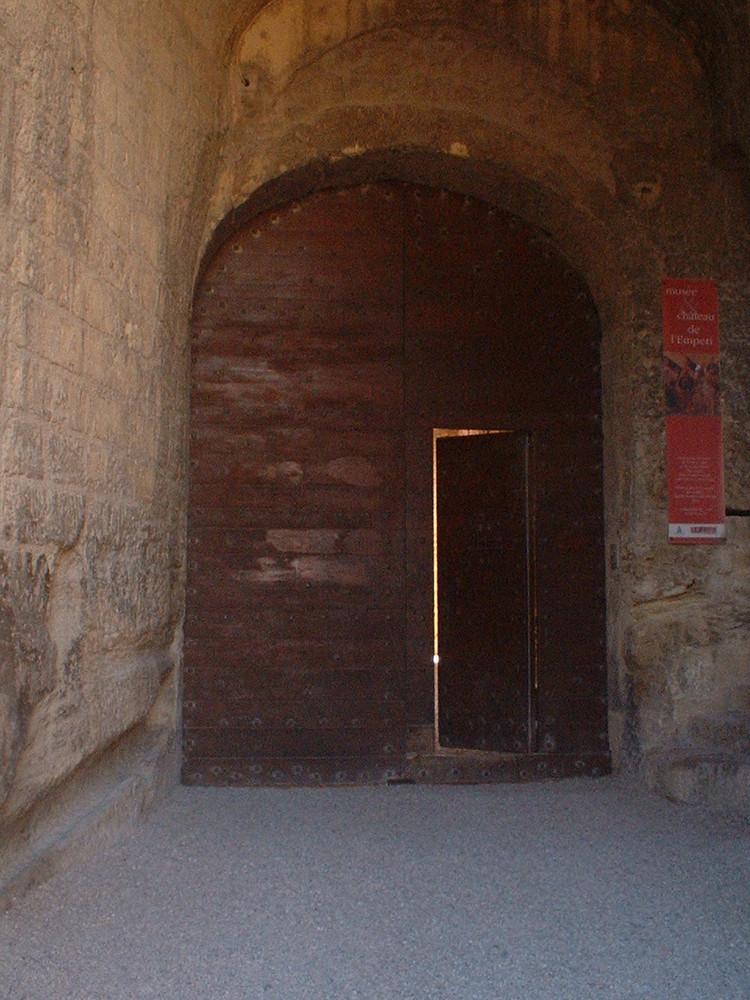 Porte Chateau de l'Emperi