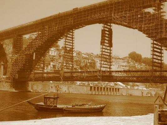 Portos Brücke