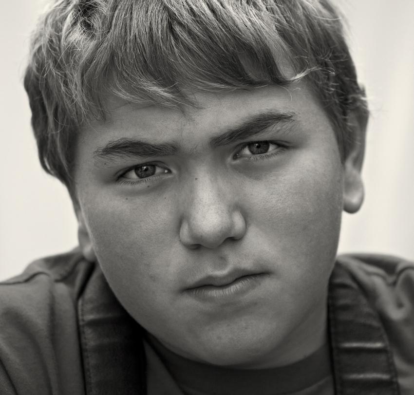 Porträt eines jungen Mannes - ganz der Vater!