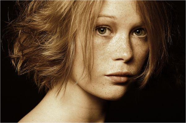 ... Portrait 2 ...