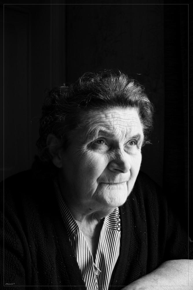 Portrait de ma grand mère =)