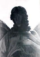 Portrait der Engelsfrau