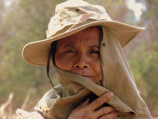 portrait d'une femme laossienne