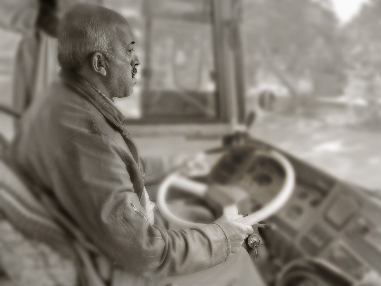 Portrait eines Busfahrers