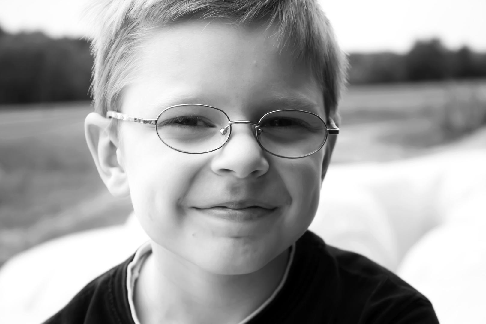 Portrait eines Jungen im Volksschulalter