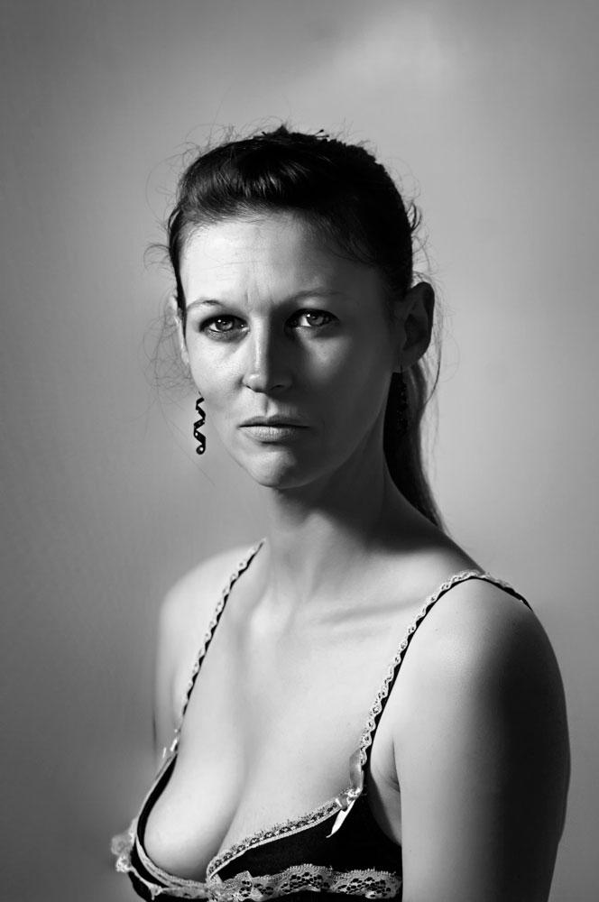 portrait feminin by piranas