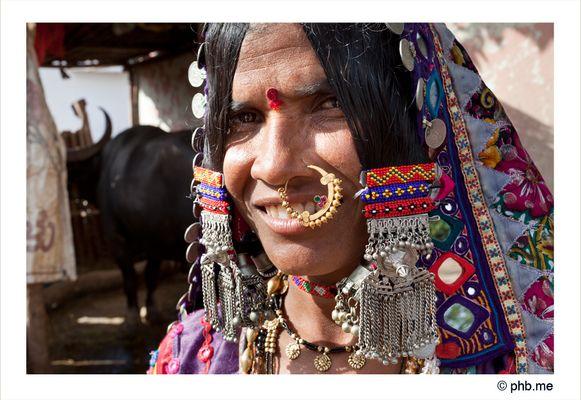 Portrait Lambanis Woman, village à côté de Bijapur. Karnataka - India