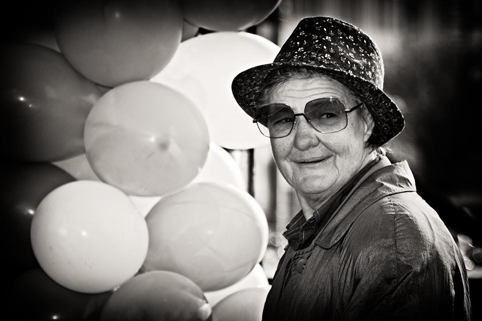 Portrait mit Luftballons