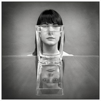 Portrait mit Vase 1