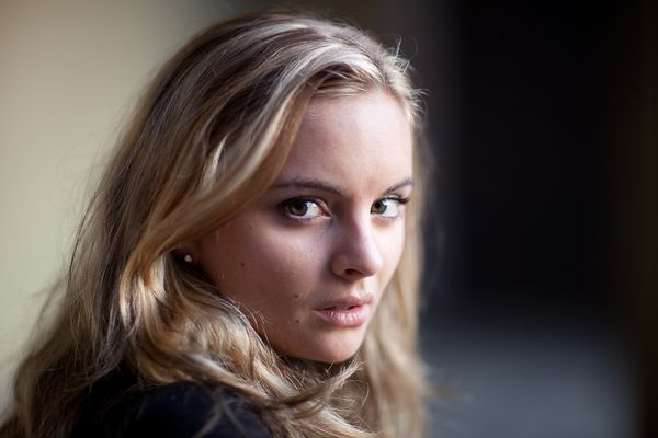 Portrait photography - THEATRICAL HEADSHOT