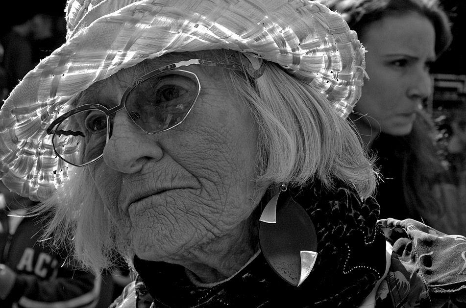 portrait vom alter,  einsamer frauen