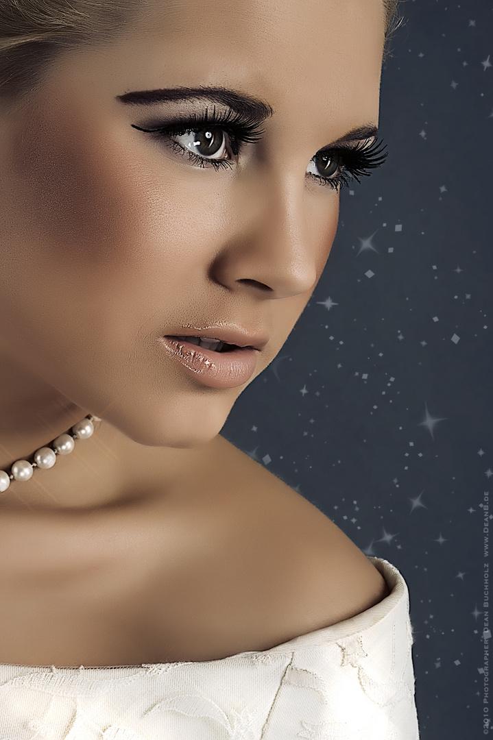 Portrait von Sandra