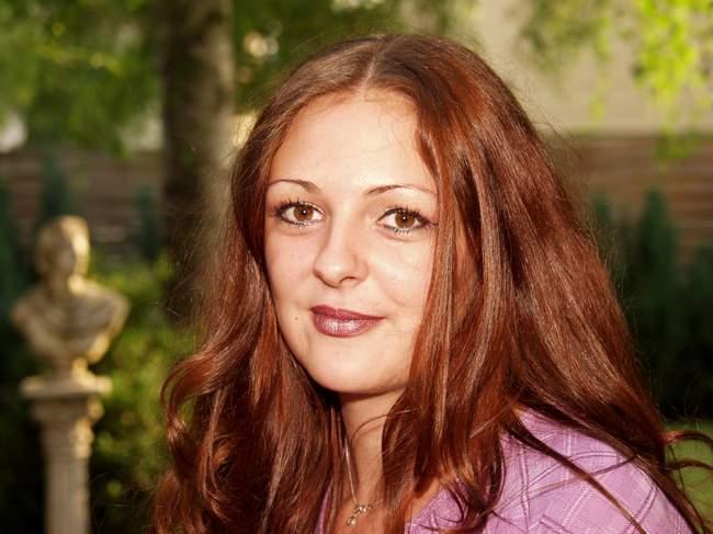 Portrait von Tanja