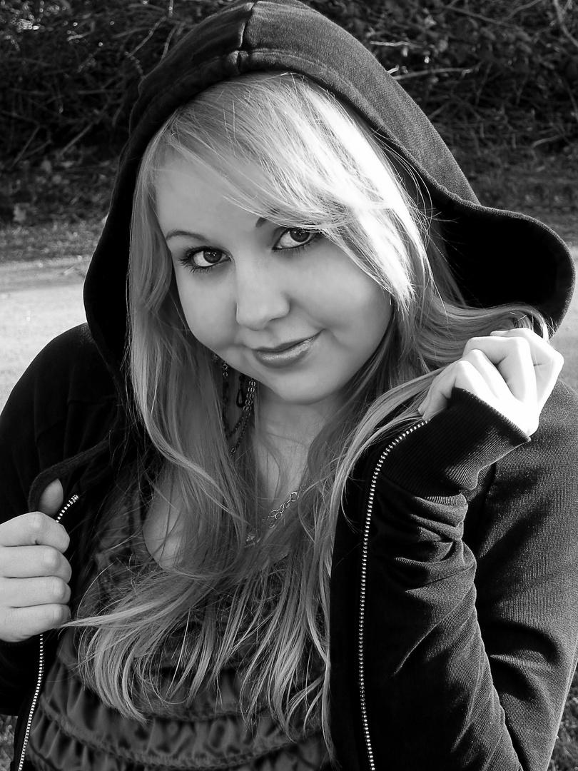 Portraitfotografie 1 Versuch schwarz weiß