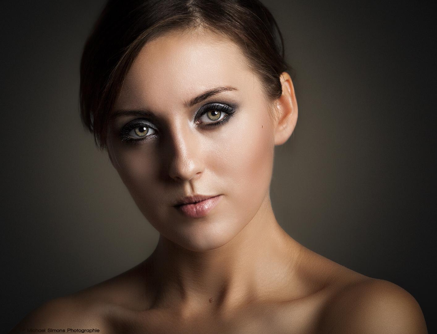 Portrait_Vika