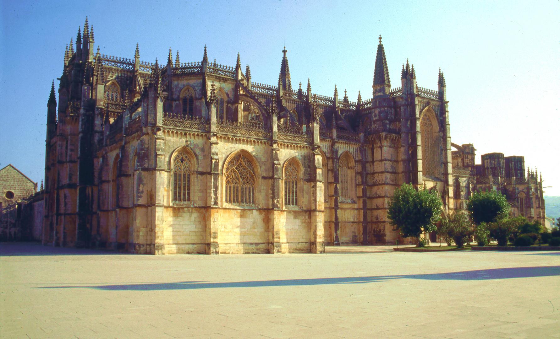 Portugal Kathedrale Santa Maria-2