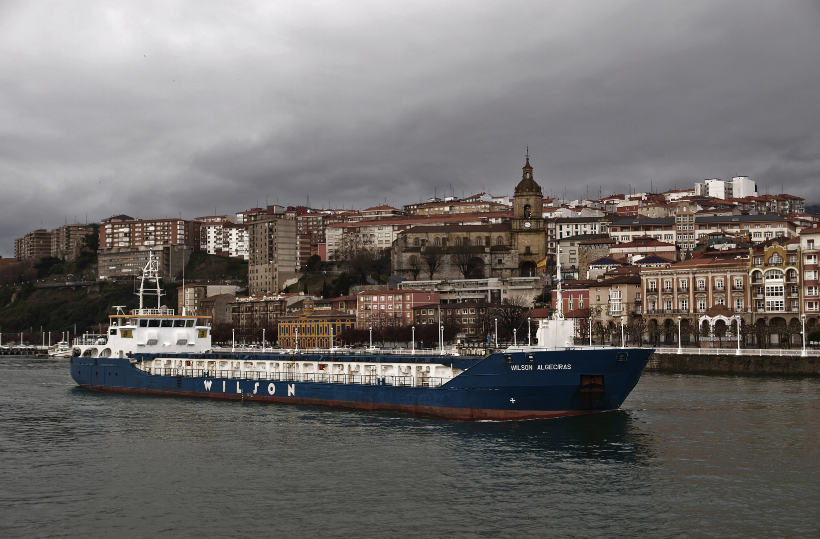 Portugalete (Villa Jarrillera) y su trafico portuario