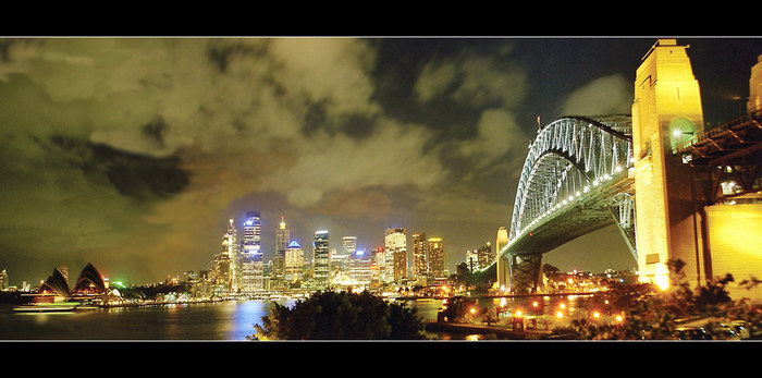 Postcard from Australia: Sydney Harbour Bridge
