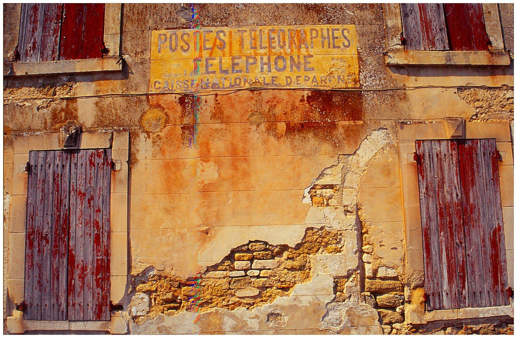 Postes telegraphes telephone