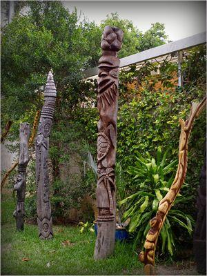 Poteaux sculpté en bois de Gaïac - Nouvelle-Calédonie