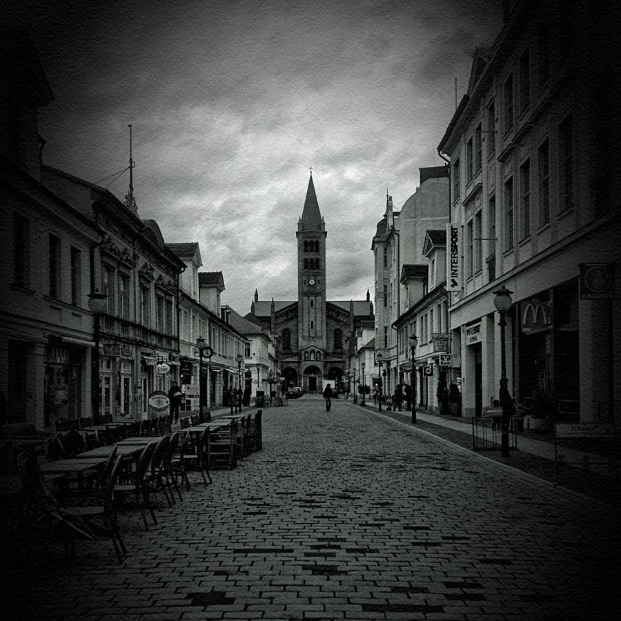 Potsdam, finster