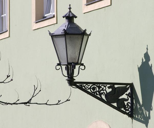 Potsdam Neuer Garten - Lampe am Grünen Haus
