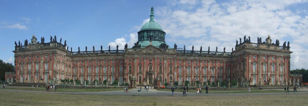 Potsdam, Neues Palais von hinten
