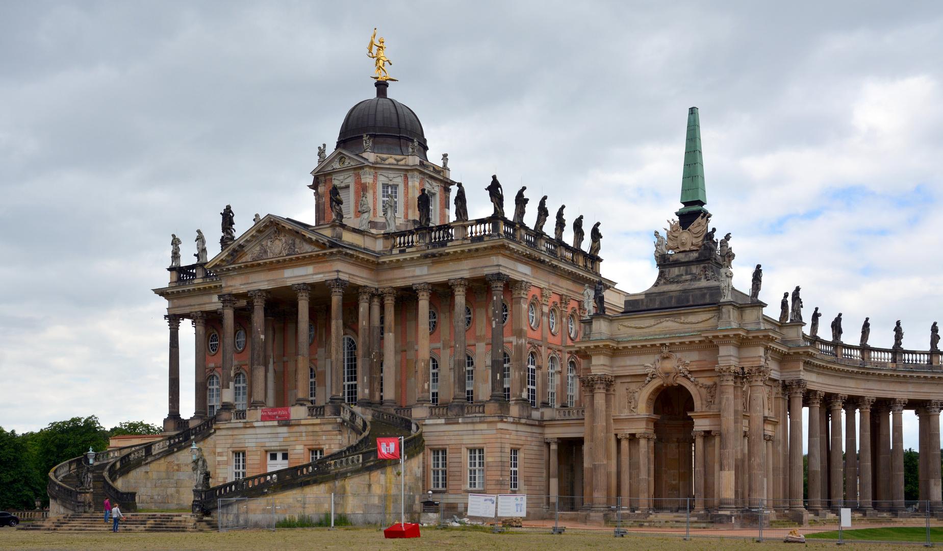 Potsdam Palais-1
