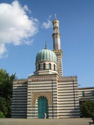 Potsdam - Pumpwerk als Moschee getarnt:-)