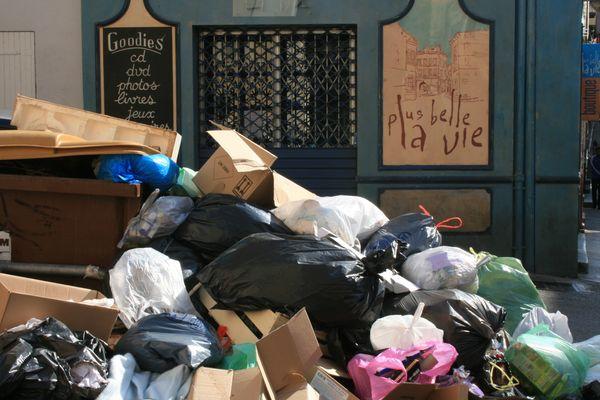 poubelle la vie