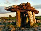 Poulnabrone Dolmen - The Burren - Irland