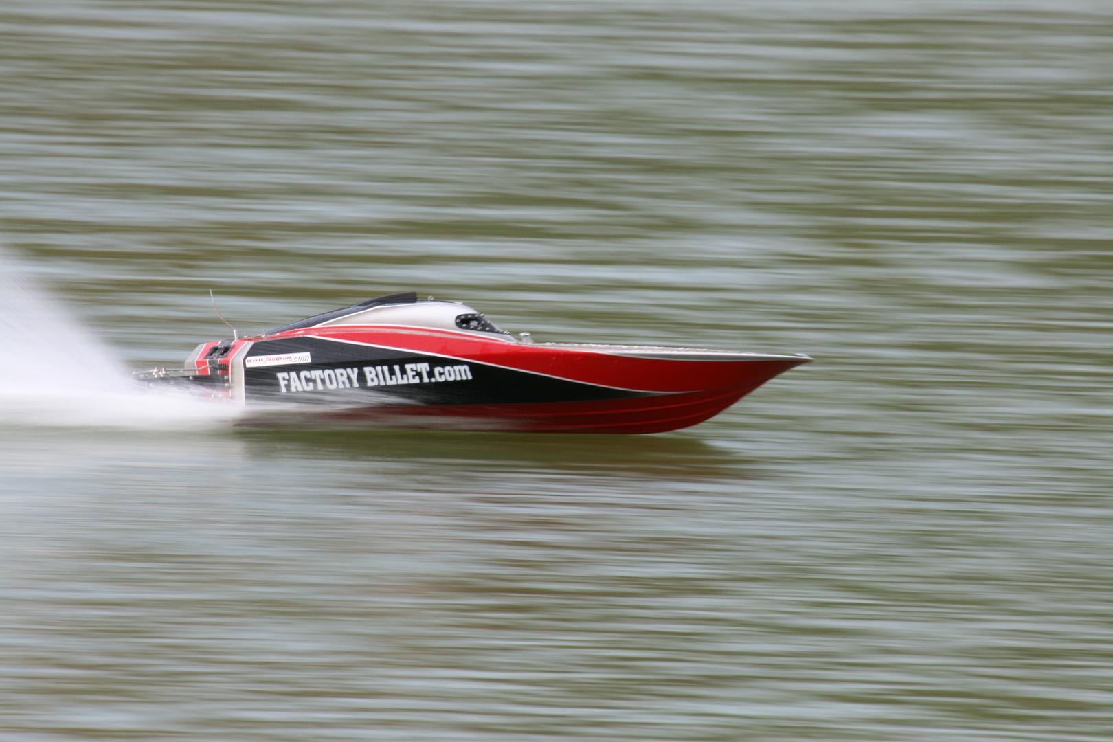 Powerboot 82km/h