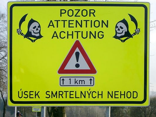 POZOR ATTENTION ACHTUNG