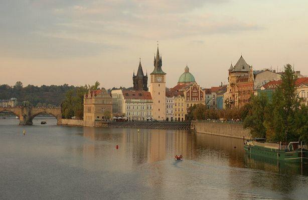 Prag.....