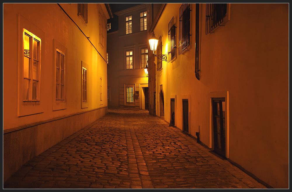 prag bei nacht (2) ...