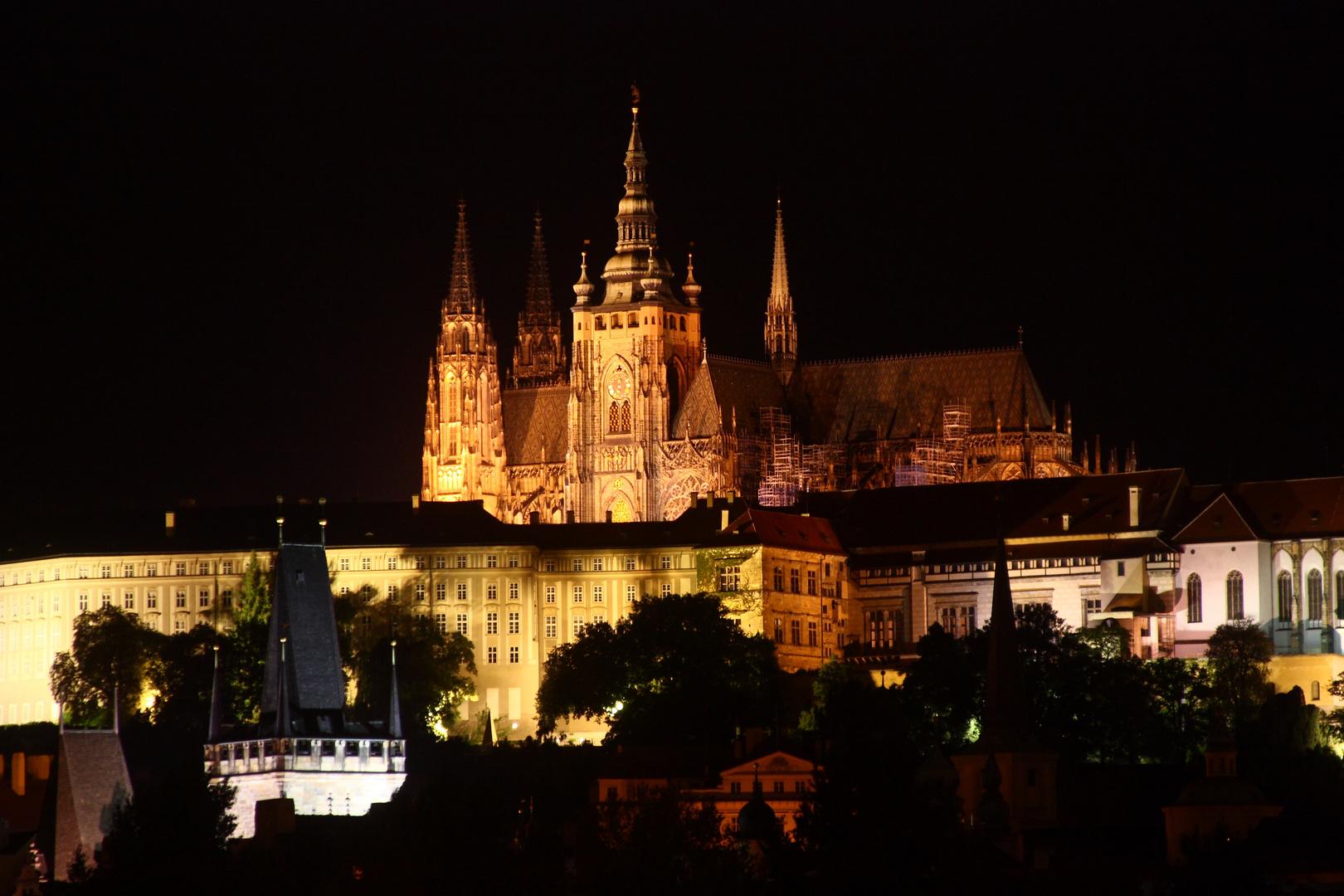 Prag by Night