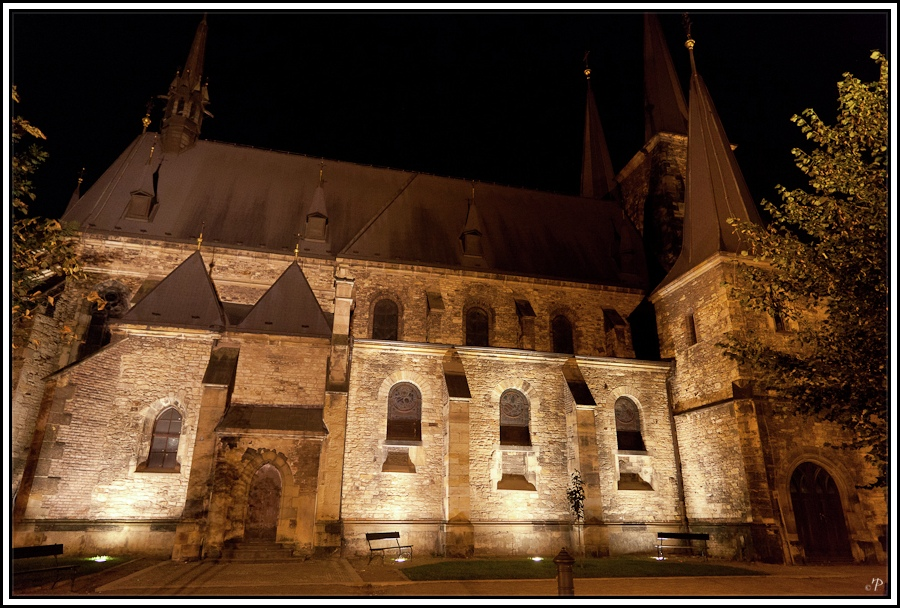 Prag, die Goldene Stadt 15, Kirche bei Nacht