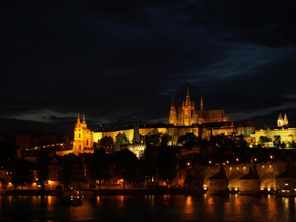 Prag @ night